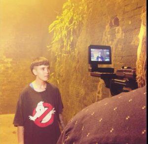 Entrevistando a Kim Ann Foxman durante el rodaje